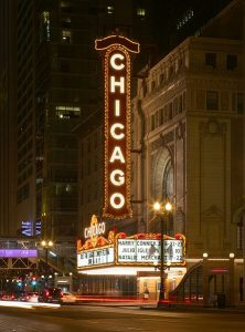 443px-Chicago_Theatre_2